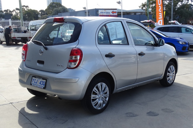 2011 Nissan Micra ST-L 8 of 30
