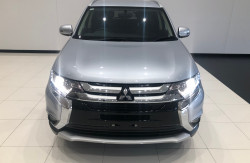2015 Mitsubishi Outlander ZK LS 4wd wagon Image 3