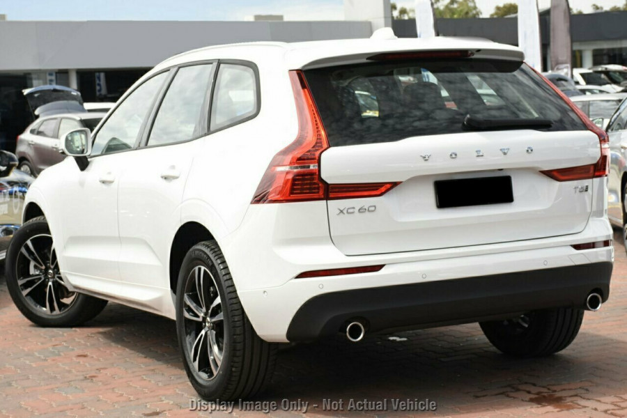 2019 MY20 Volvo XC60 UZ T5 Momentum Suv Mobile Image 3