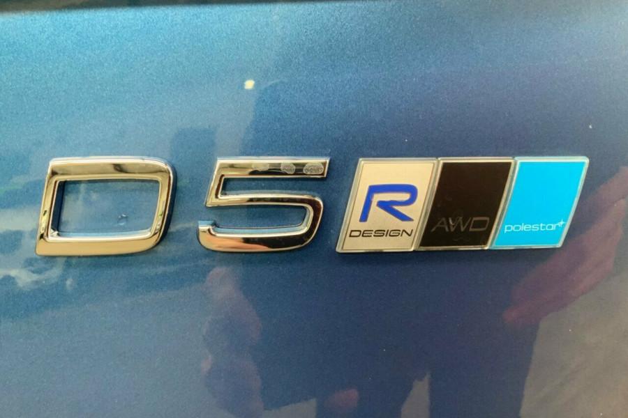 2018 MY19 Volvo XC90 256 MY19 D5 R-Design (AWD) Suv Mobile Image 24