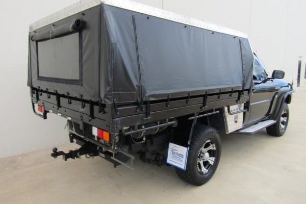 2012 Nissan Patrol GU 6 SERIES II ST Cab chassis Image 3