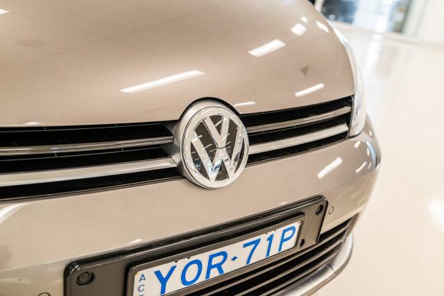 2016 Volkswagen Golf 7 R Hatchback Image 14