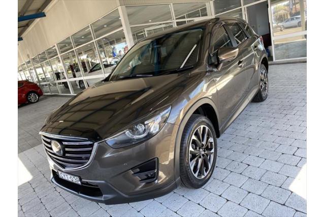 2014 Mazda Default KE1022 Akera Wagon