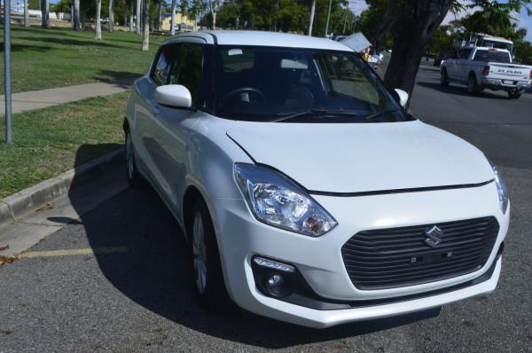 2018 Suzuki Swift AZ Navigator Hatchback Image 5