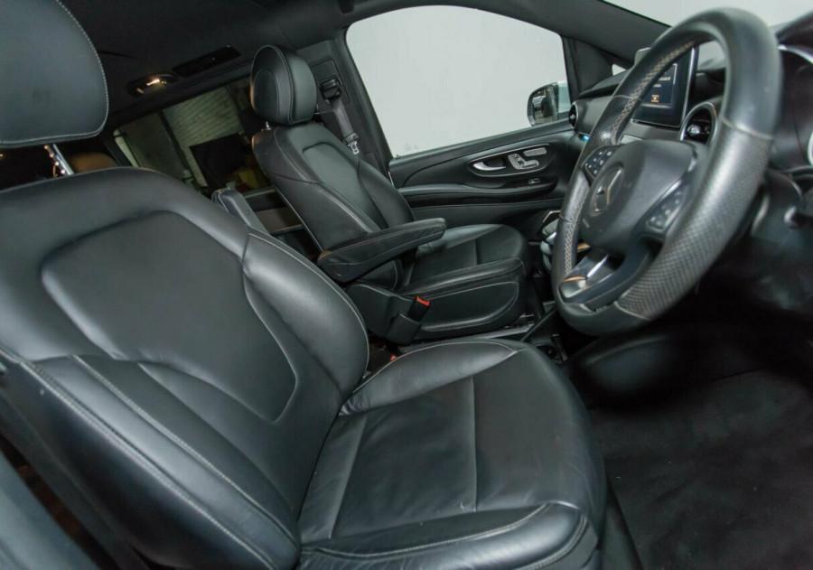 2015 Mercedes-Benz V250 BlueTEC 7G-TRONIC + Avantgarde Wagon