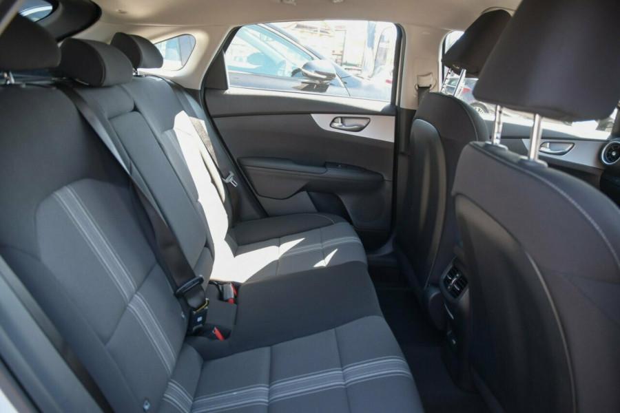 2021 MY22 Kia Cerato BD Sport Hatchback Image 14