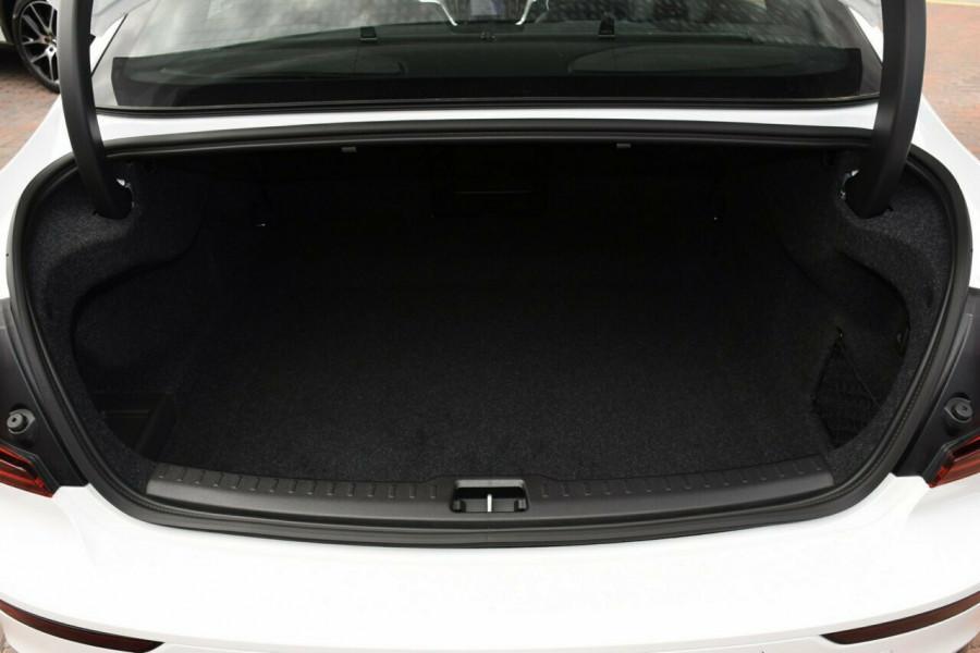 2019 MY20 Volvo S60 Z Series T5 R-Design Sedan Mobile Image 18