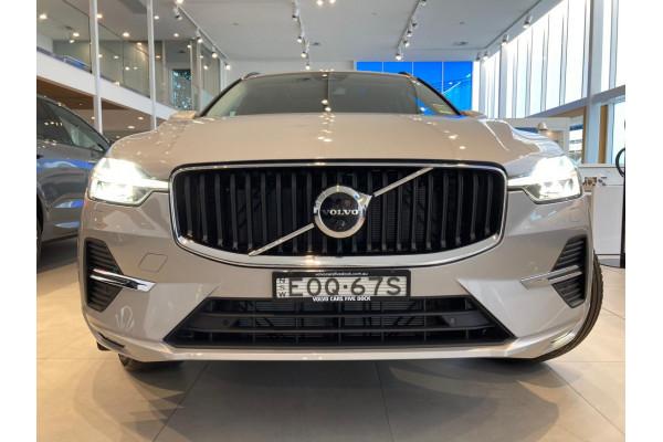2022 Volvo XC60 B5 Momentum Suv Image 4