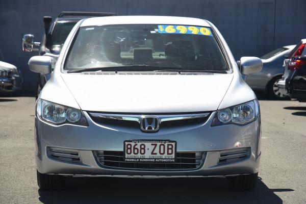 2007 Honda Civic 8th Gen MY07 VTi Sedan Image 2