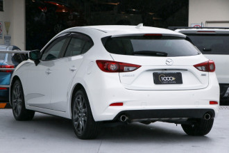 2016 Mazda 3 BN5438 SP25 Hatch Image 3