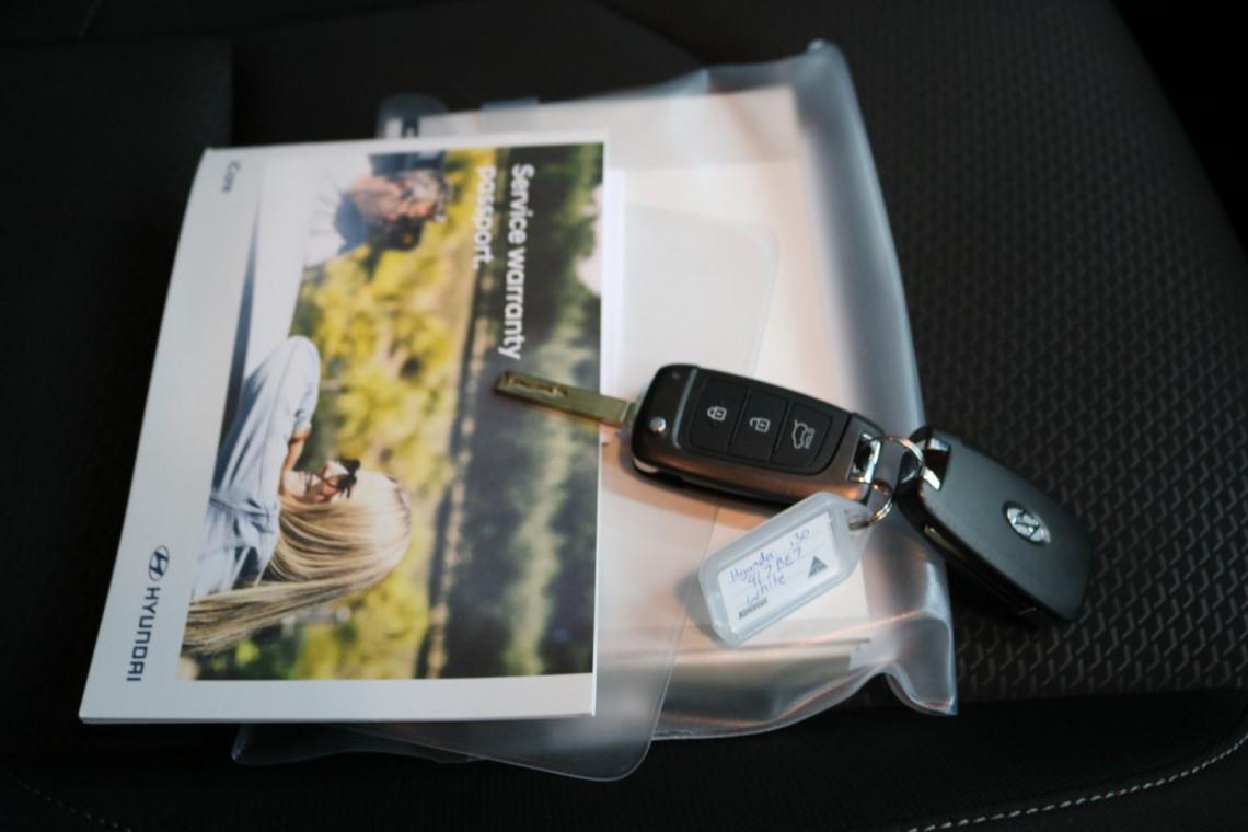 2019 MY20 Hyundai i30 PD2 Active Hatchback Image 15