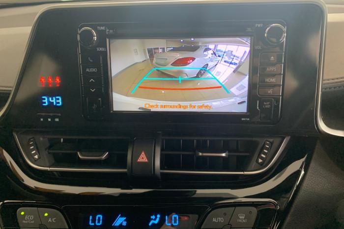 2019 Toyota C-hr NGX10R NGX10R Suv Image 16