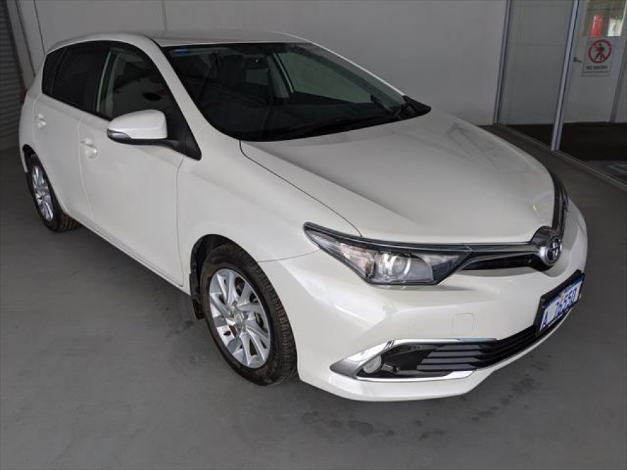 2017 Toyota Corolla ZRE182R Ascent Ascent Sport Hatchback