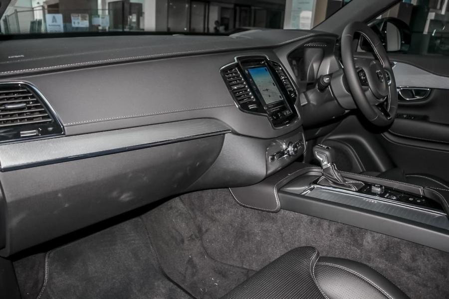 2021 Volvo XC90 L Series T6 R-Design Suv Image 7
