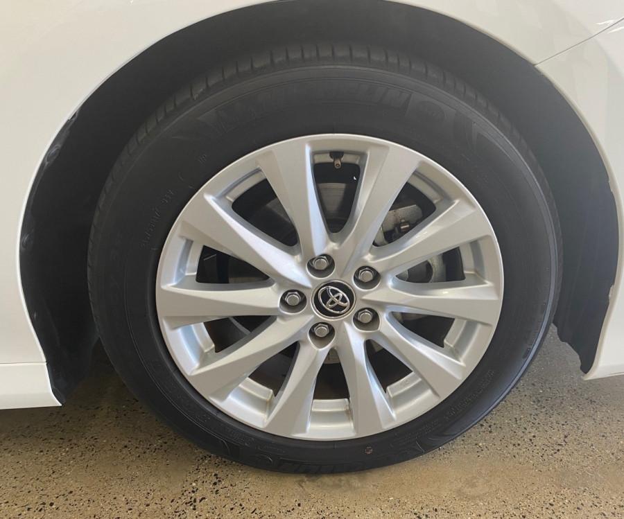 2018 Toyota Camry Ascent Sedan Image 13
