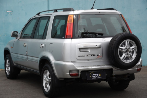 1999 Honda CR-V Suv Image 3