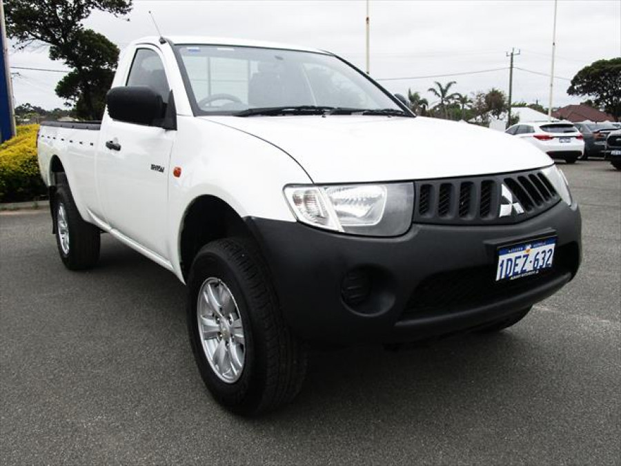 2008 MY09 Mitsubishi Triton ML  GLX Cab chassis - single cab