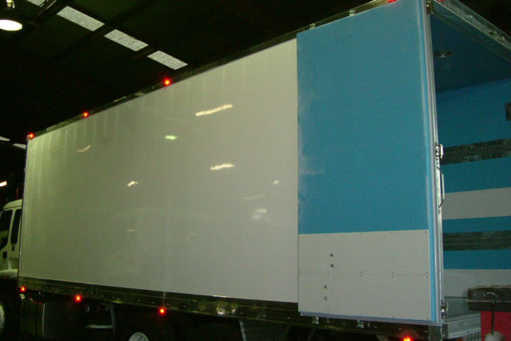 2015 12 Pallet Insulated Premium Fibreglass Body Body only