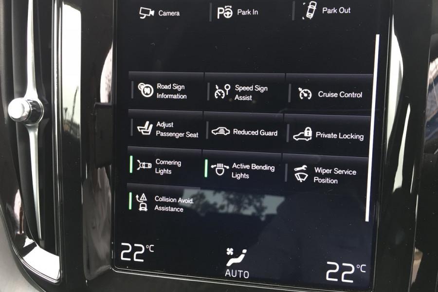 2019 MY20 Volvo XC60 UZ D4 Momentum Suv Image 19