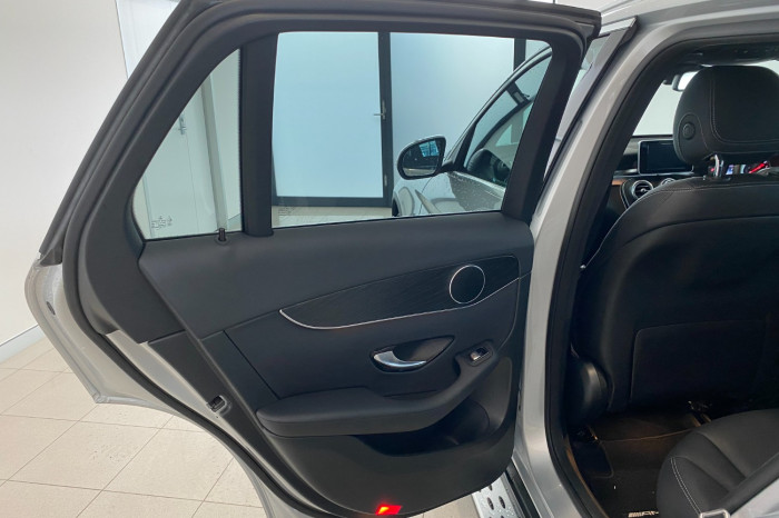 2017 Mercedes-Benz C Class X253 808MY GLC250 Wagon Image 13