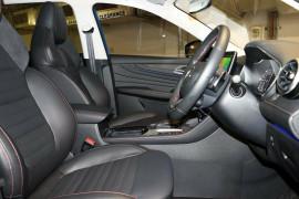 2021 MG HS SAS23 Essence Wagon image 9