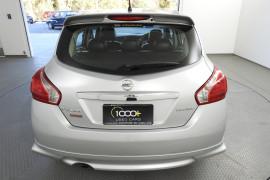 2014 Nissan Pulsar C12 SSS Hatchback Image 5