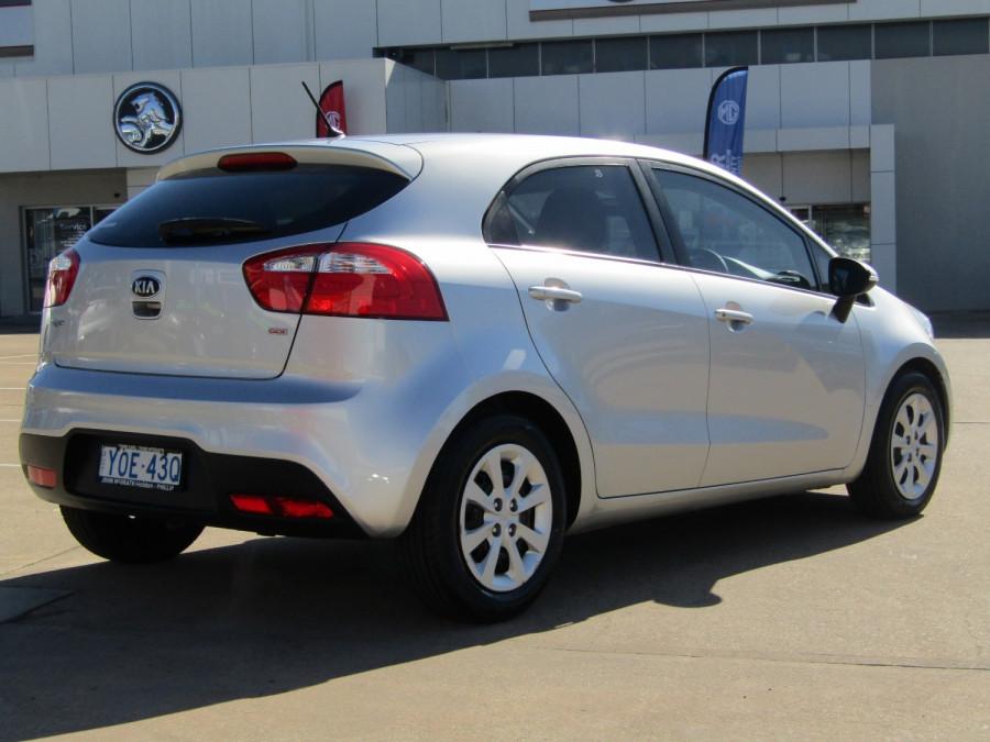 2013 Kia Rio UB  SLi Hatchback Image 7