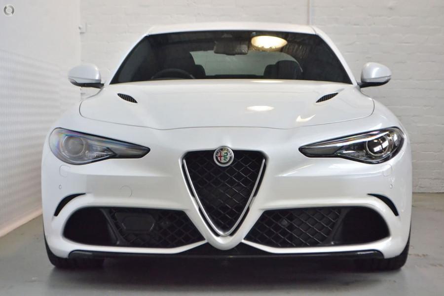 2018 MY17 Alfa Romeo Giulia Quadrifoglio Quadrofoglio Sedan