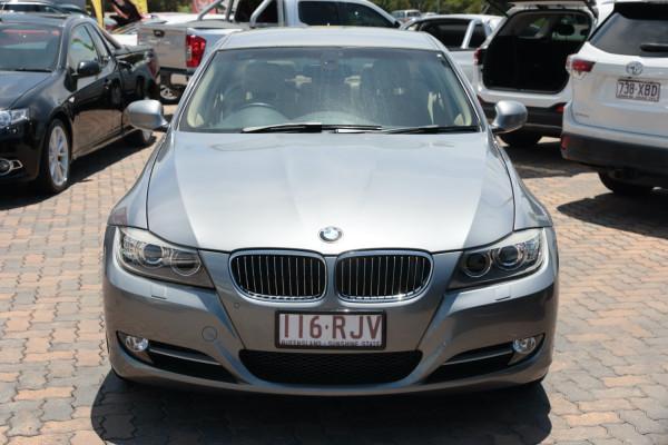 2010 BMW 3 Series E90 MY10 320i Sedan