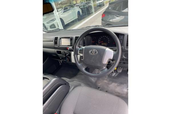 2018 Toyota Hiace TRH201R TRH201R Van Image 4