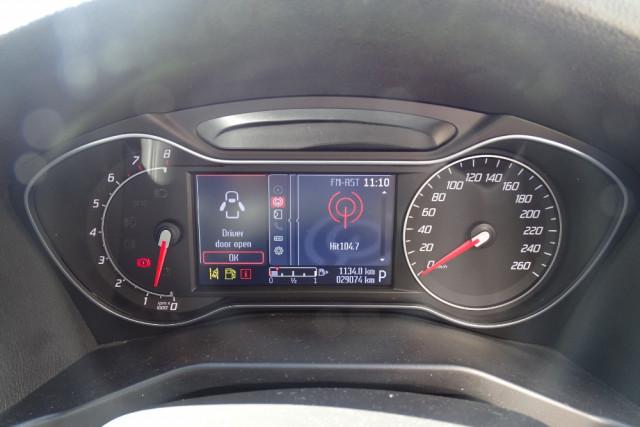 2014 Ford Mondeo Titanium Hatch 11 of 21