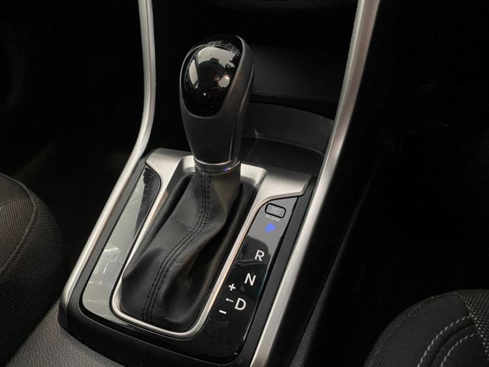 2013 Hyundai I30 GD Active Hatchback Image 16