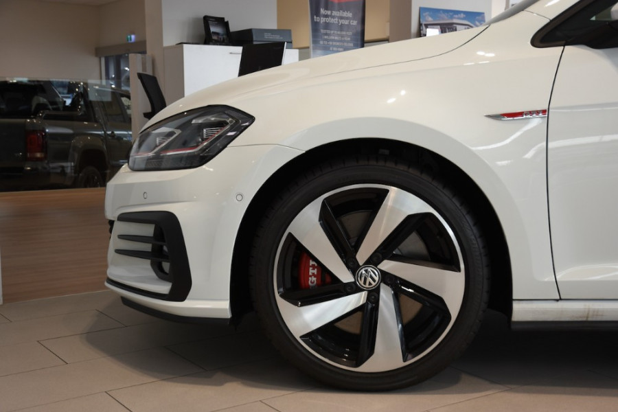 2019 MY19.5 Volkswagen Golf 7.5 GTi Hatchback Image 5