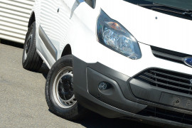2016 Ford Transit Custom VN 290S Van image 13
