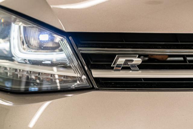 2016 Volkswagen Golf 7 R Hatchback Image 15