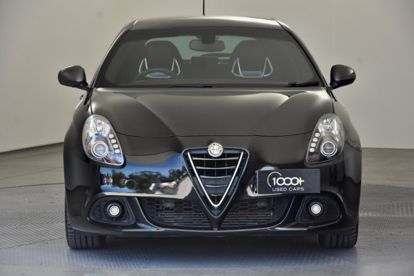 2015 Alfa Romeo Giulietta Vehicle Description.  1 Quadrifogl Hatch 5dr TCT 6sp 1.8T Quadrifoglio Verde Hatchback Image 2
