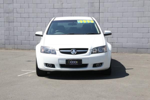 2011 Holden Commodore VE II Omega Sedan Image 2