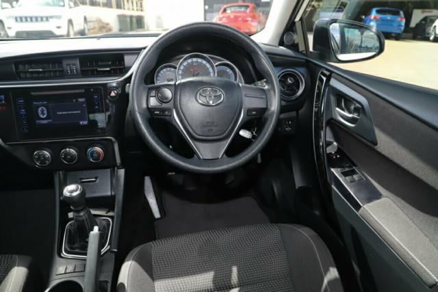 2018 Toyota Corolla ZRE182R Ascent Hatchback Image 11