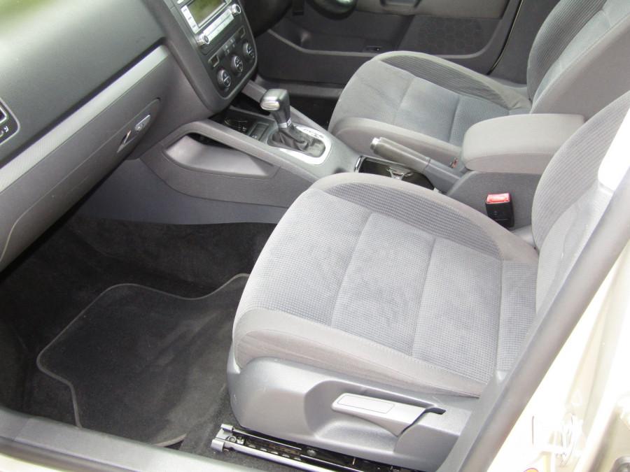 2007 Volkswagen Jetta 1KM  TDI Sedan Image 16