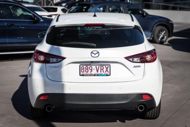 2015 Mazda 3 BM5478 Maxx Hatchback Image 4