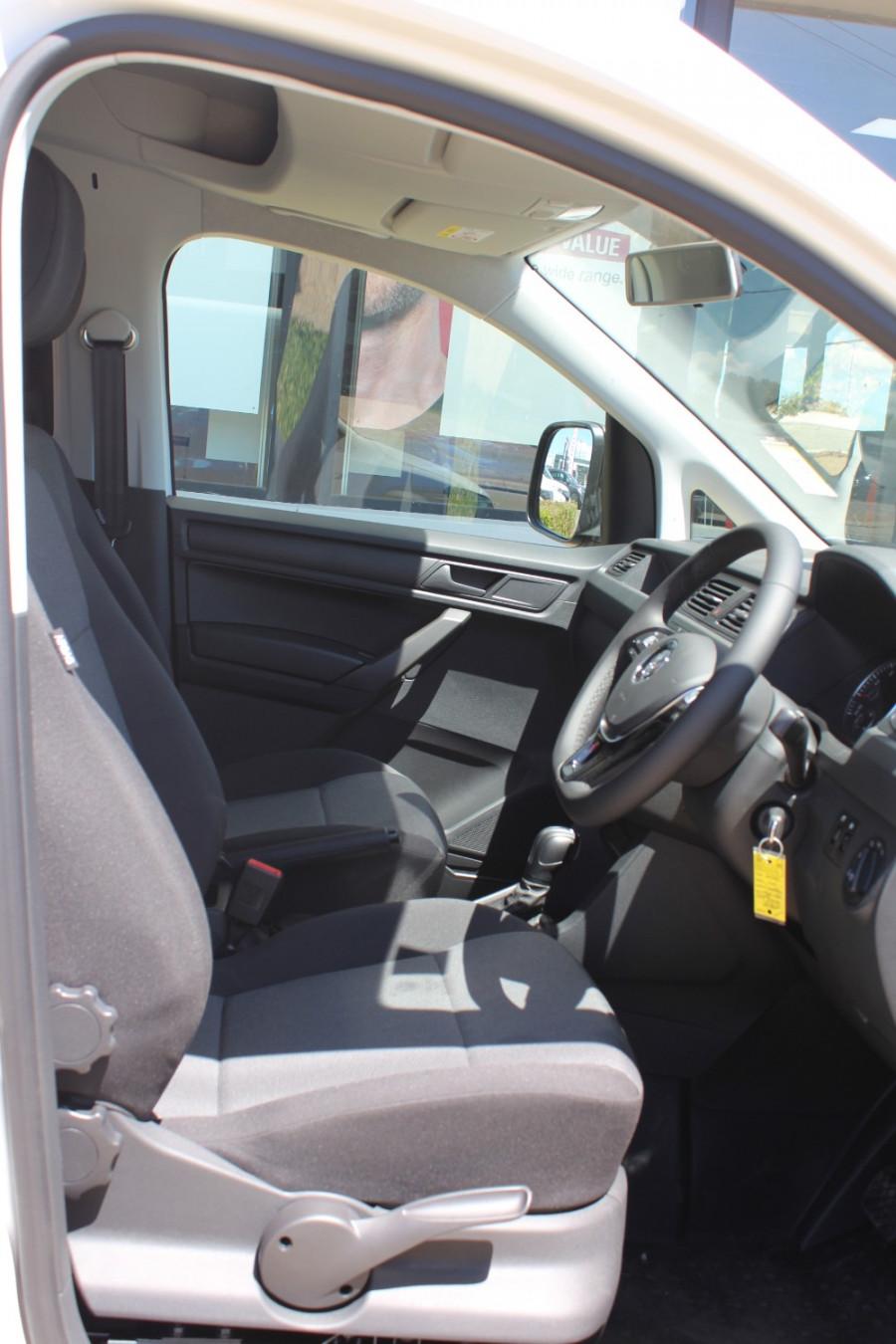 2020 Volkswagen Caddy 2K Maxi Van Lwb van Image 11