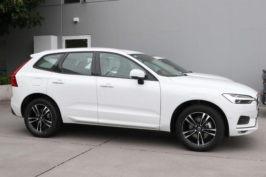 2021 Volvo XC60 UZ D4 Momentum Suv Image 6