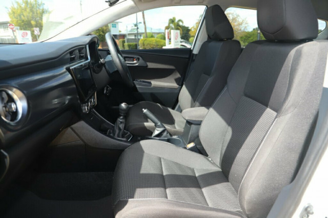 2018 Toyota Corolla ZRE182R Ascent Hatchback Image 12