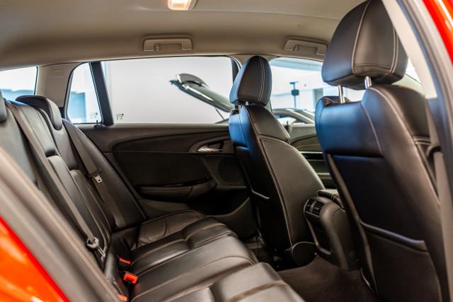 2017 Holden Commodore Wagon Image 25