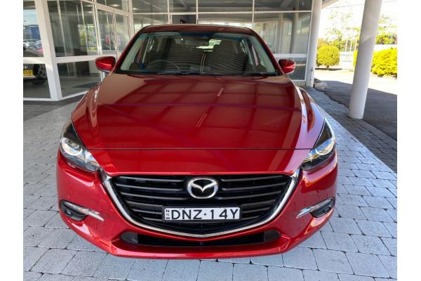 2017 Mazda Mazda3 BN5478 Maxx Hatchback Image 3