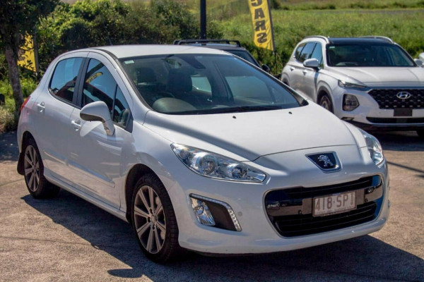 2012 Peugeot 308 Active Turbo Hatchback Image 5