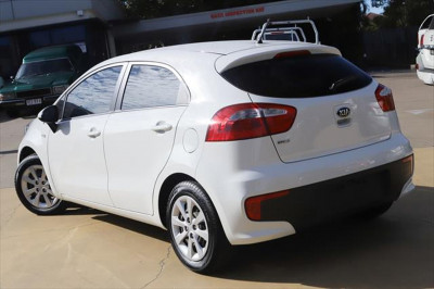 2015 Kia Rio UB MY16 S Hatchback Image 2