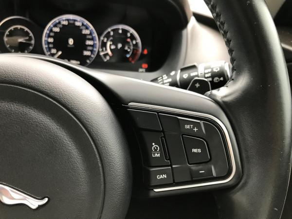 2016 MY17 Jaguar F-pace X761 MY17 35t Suv