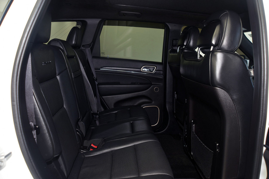 2015 Jeep Grand Cherokee WK Summit Suv Mobile Image 8