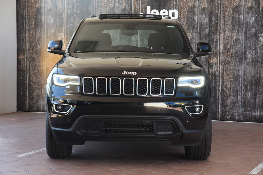 2018 Jeep Grand Cherokee WK Laredo 4x4 Suv Image 2